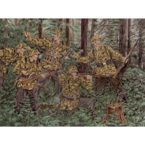 German Waffen SS 1943 1st SS Division. 46 figures in 18 poses. 3 snipers with separate heads. Superb detail