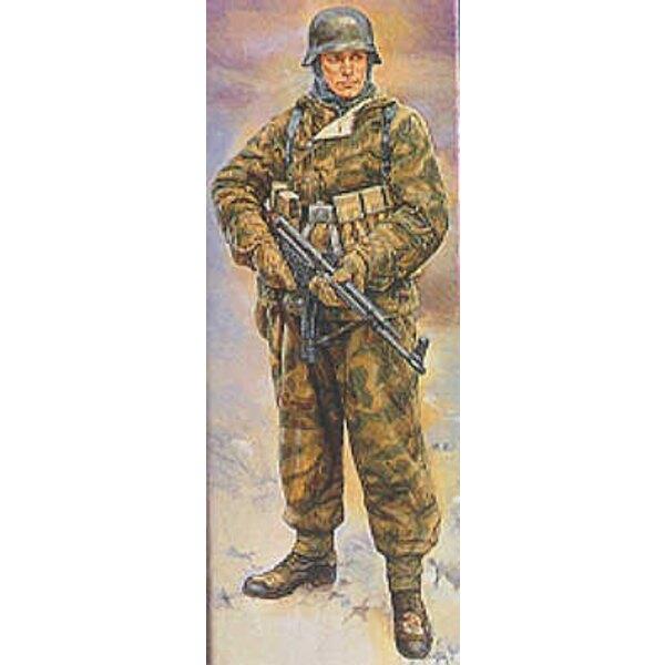 WWII German Infantryman in reversable winter uniform