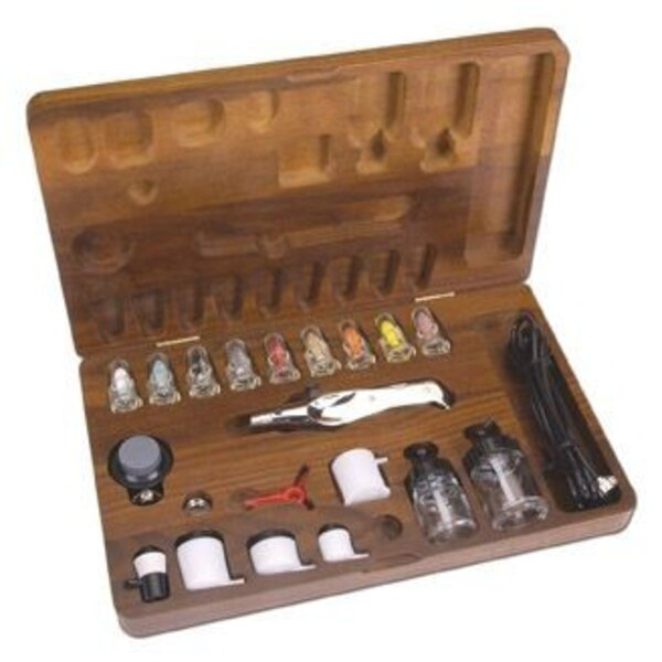 A470 metal bodied Airbrush 6′ Hosea choice of nozzles and paint cups.Instruction manual & Video Wooden Case
