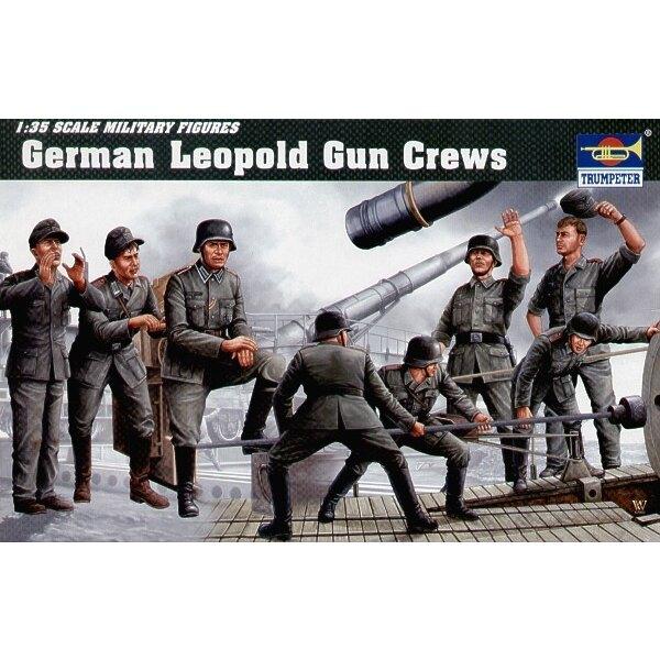 German Leopold Gun Crew
