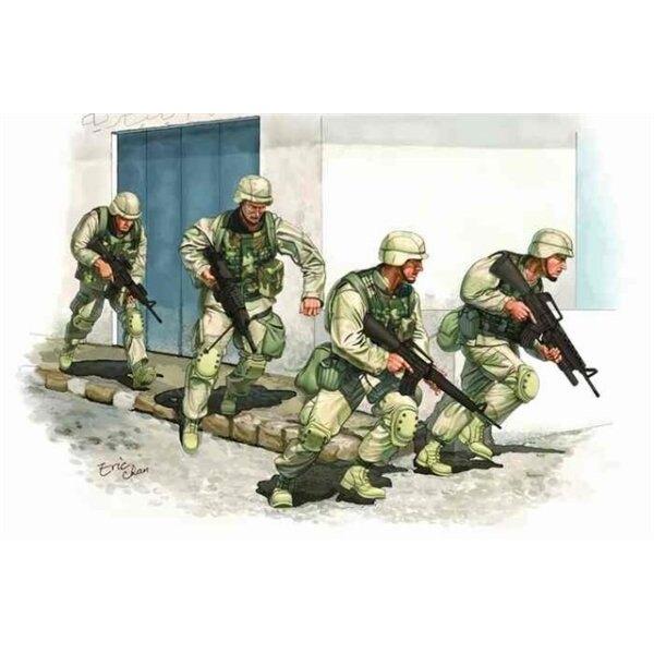 U.S. Army in Iraq 2005 (4 figs + vinyl vests)