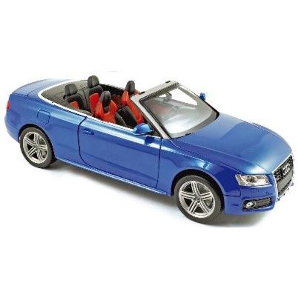 Audi S5 Convertible 2009 Blue 1:18