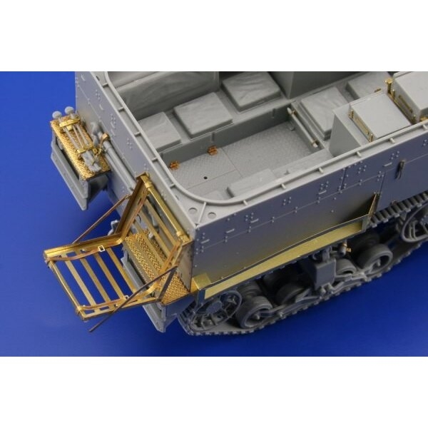 M3 Half Track (designed to be assembled with model kits from Dragon DN6329)