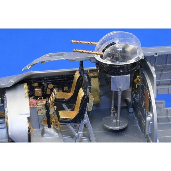 Boeing B-17G Flying Fortress cockpit interior PRE-PAINTED IN COLOUR! (designed to be assembled with model kits from Monogram and
