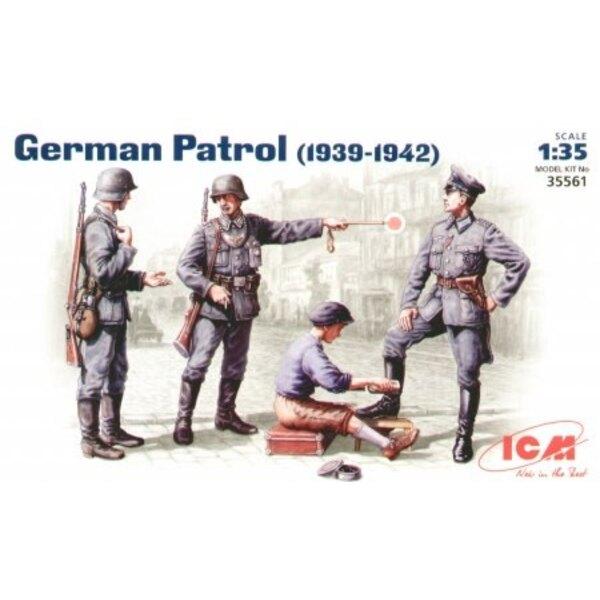 German Patrol (1939-42) set of 4 figures