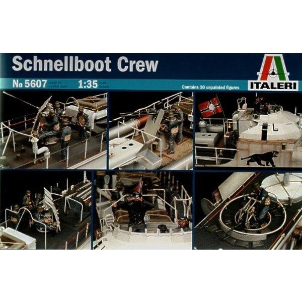 S-100 Schnellboot Crew