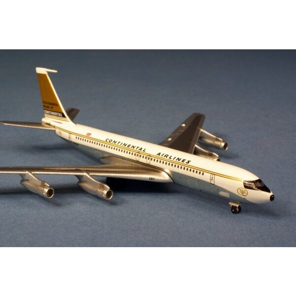 Continental Airlines Boeing 707-320 - NA7322