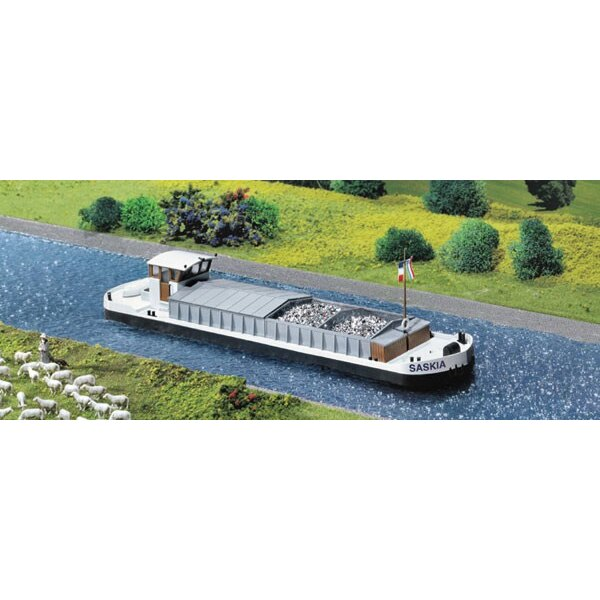 Motor cargo barge