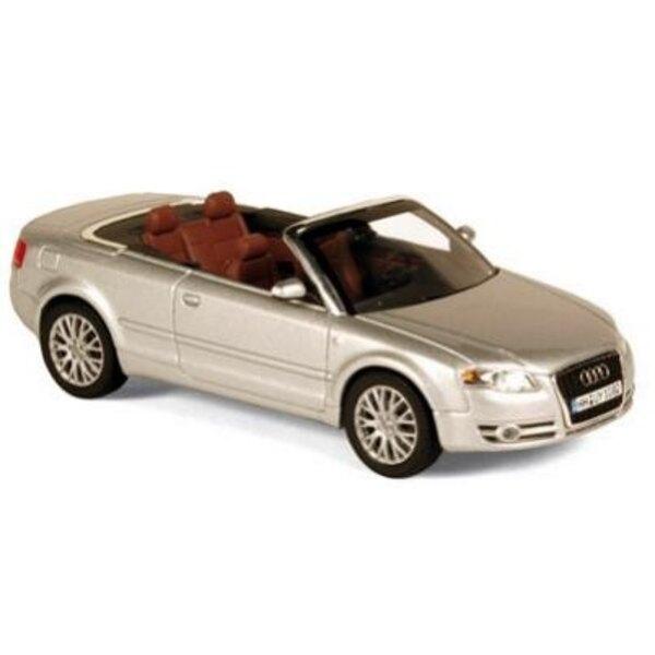 Audi A4 Convertible light silver 06 1:43