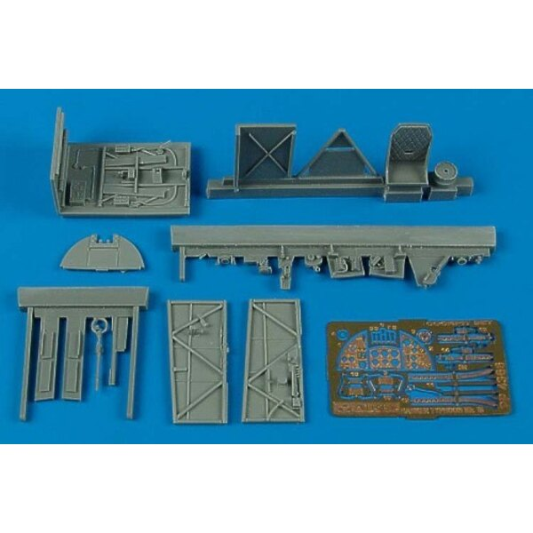 Hawker Typhoon Mk.IB car door cockpit set (designed to be assembled with model kits from Hasegawa)