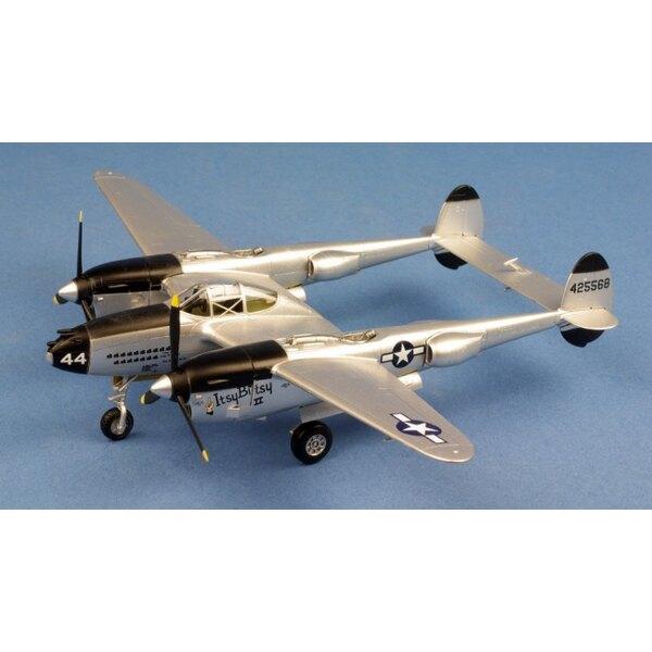 P-38 Lightning Itsy Betsy USAAF
